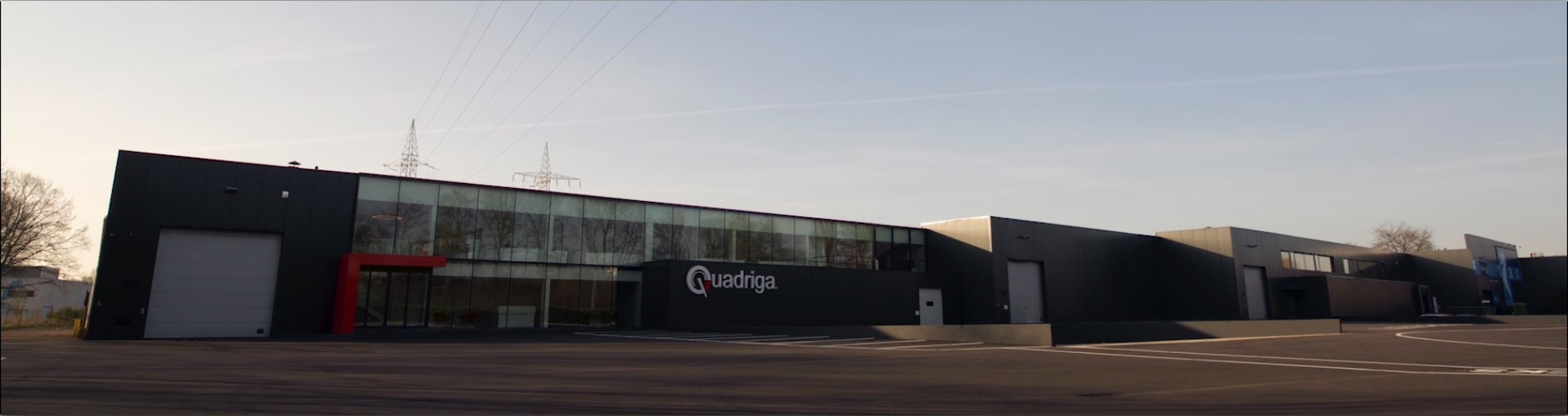 Quadriga Car Retail