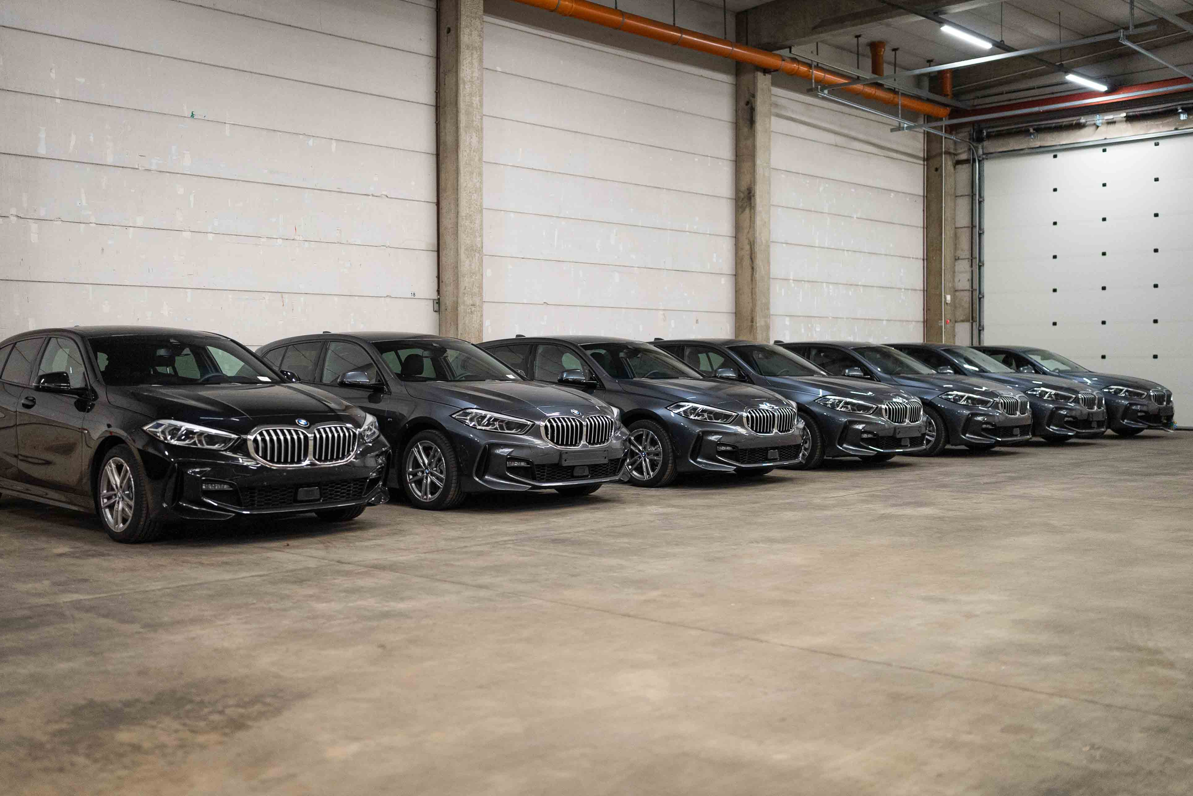 Quadriga Car Retail